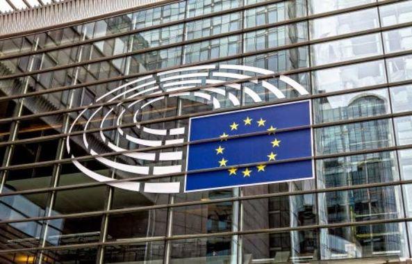 Un rapport recommande de donner aux Églises un statut privilégié auprès du Parlement européen